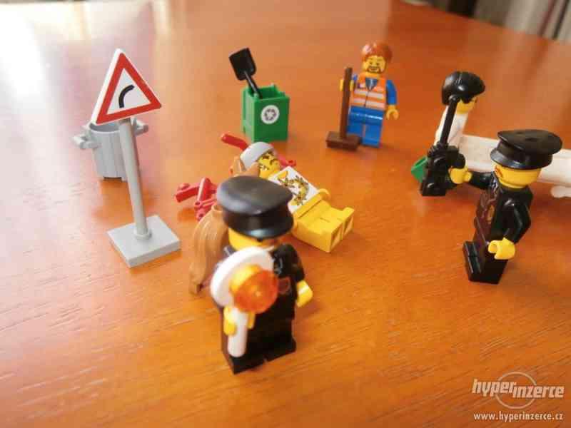 LEGO NEHODA CYKLISTY - foto 2