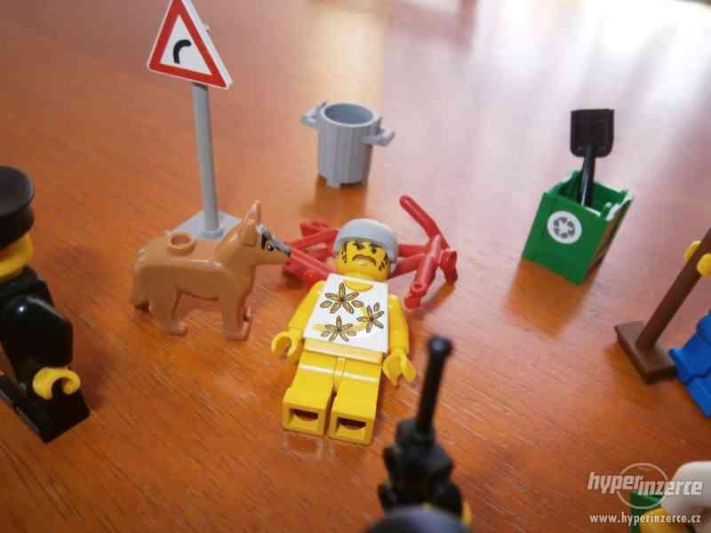 LEGO NEHODA CYKLISTY - foto 4