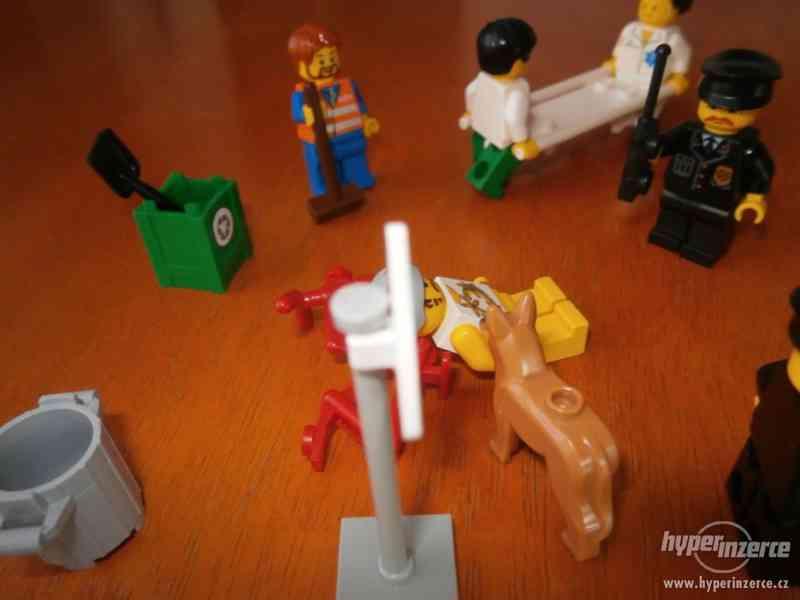 LEGO NEHODA CYKLISTY - foto 6
