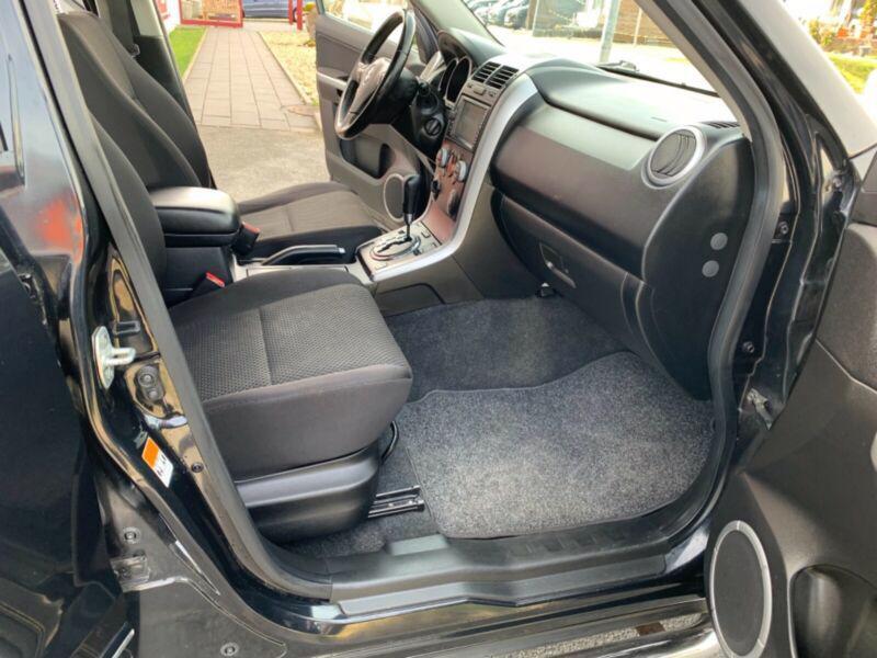 Suzuki Grand Vitara 2.4 Aut. benzín 124kw - foto 13