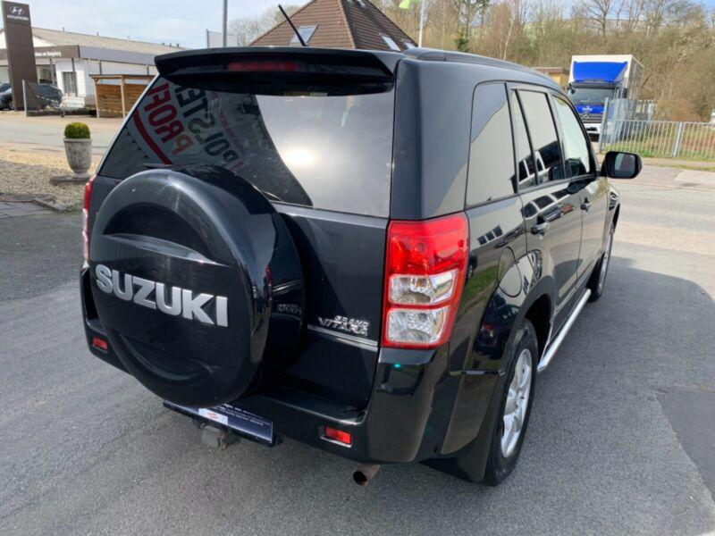Suzuki Grand Vitara 2.4 Aut. benzín 124kw - foto 8