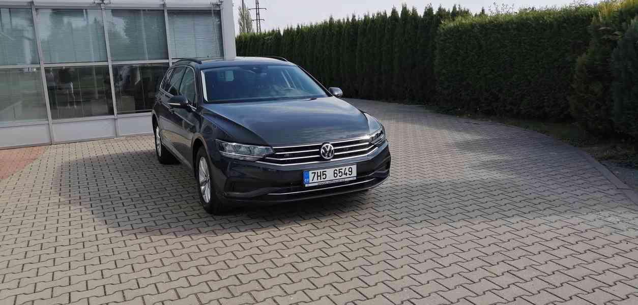 Volkswagen Passat Combi - r.v. 2020, 9900 km, záruka - foto 1
