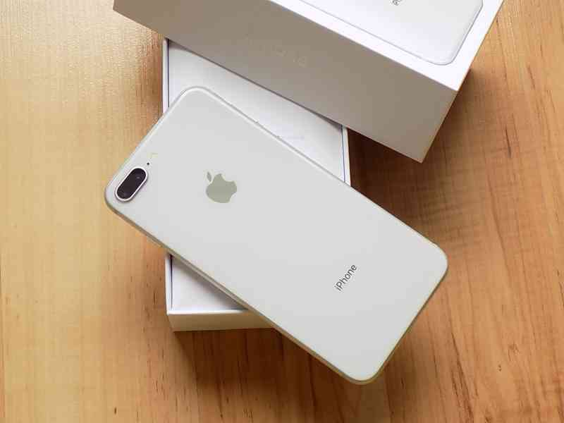 APPLE iPhone 8 PLUS 256GB Silver - TOP STAV - foto 6