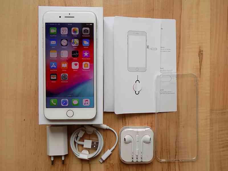 APPLE iPhone 8 PLUS 256GB Silver - TOP STAV - foto 1