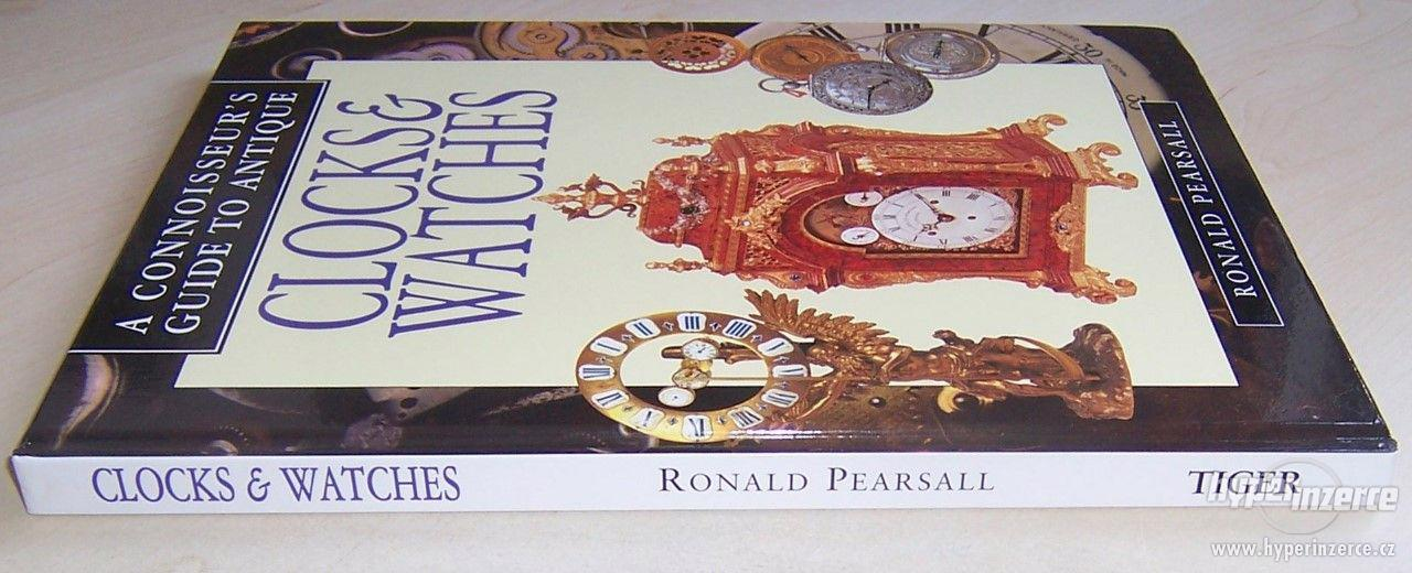Kniha Odborný průvodce starožitnými hodinami a hodinkami - foto 3