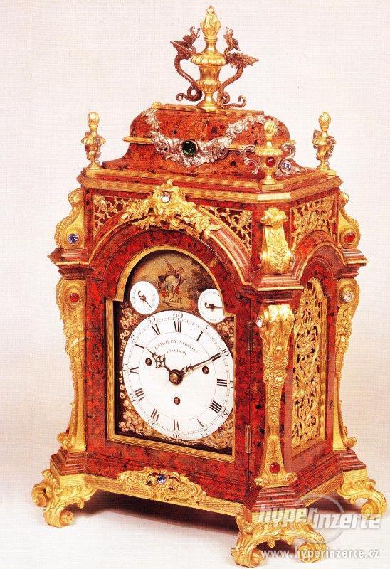 Kniha Odborný průvodce starožitnými hodinami a hodinkami - foto 11