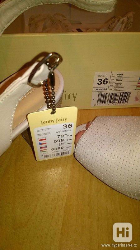Zcela nové módní boty na podpatku značky CCC - foto 4