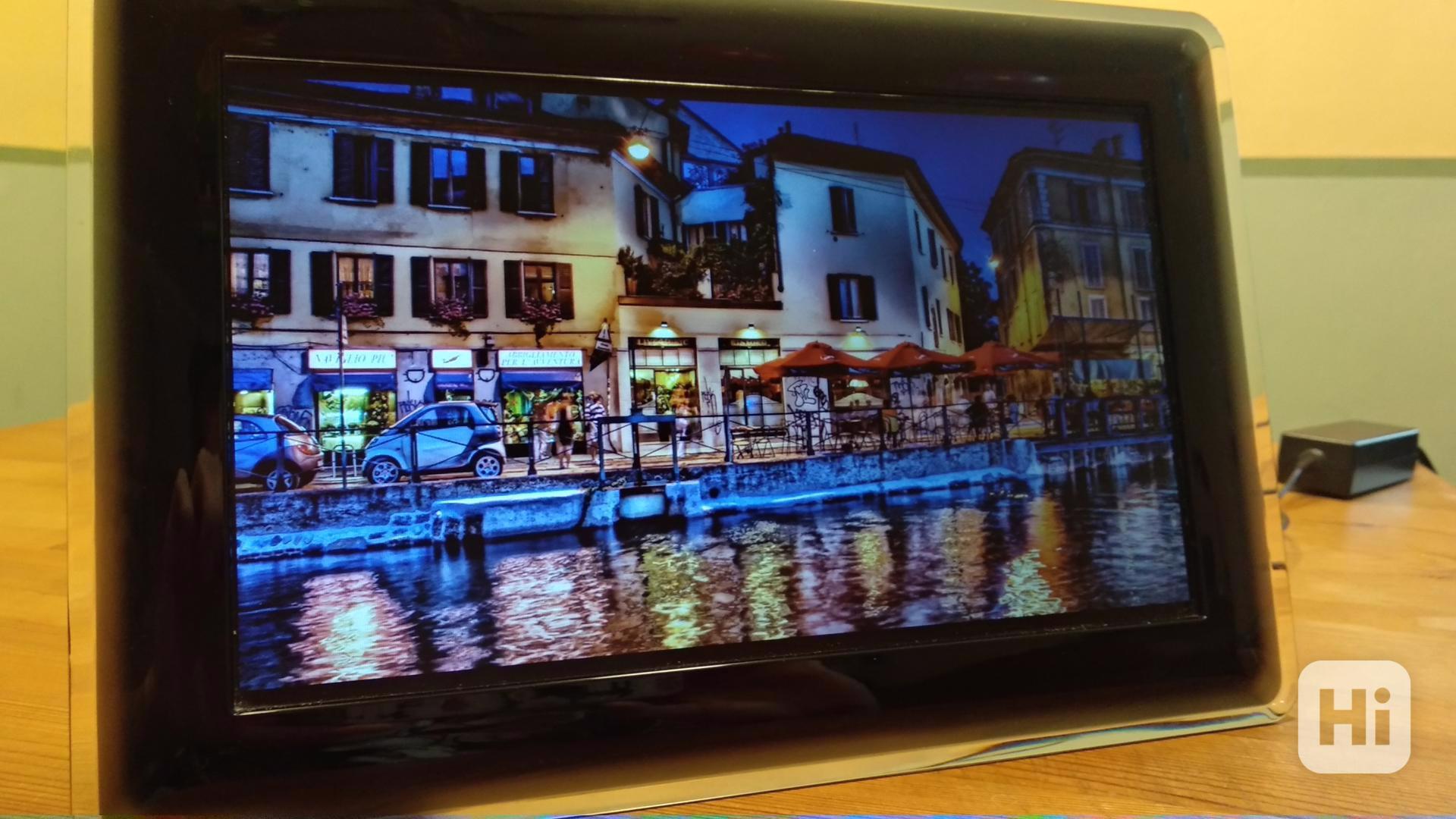 digitální fotorámeček Samsung SPF-107H - foto 1