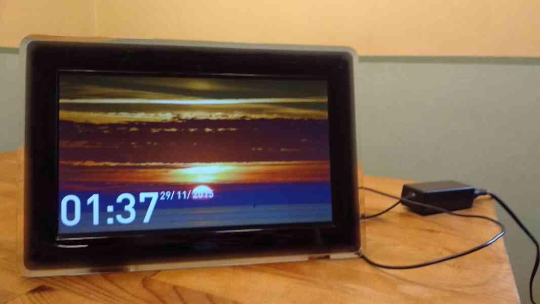 digitální fotorámeček Samsung SPF-107H - foto 5