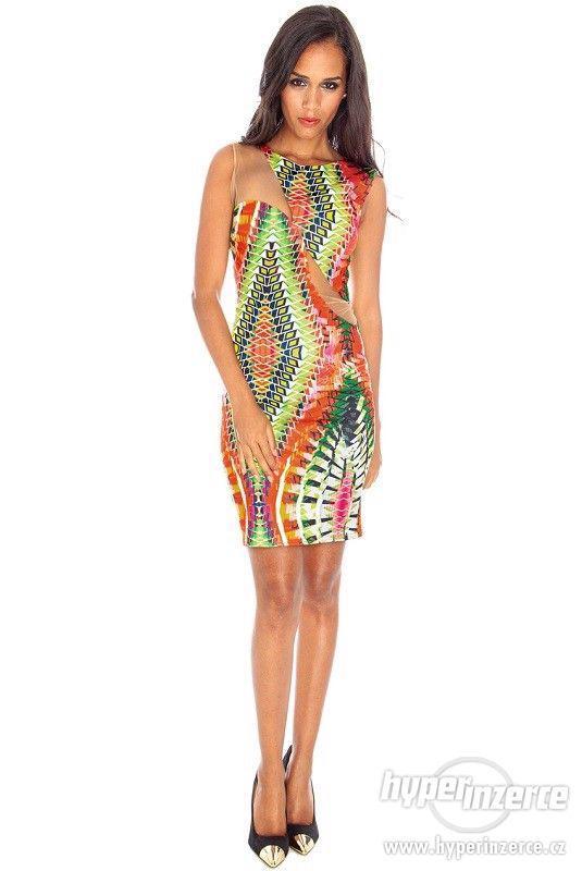 Nové farebné trendy šaty s mesh - foto 3
