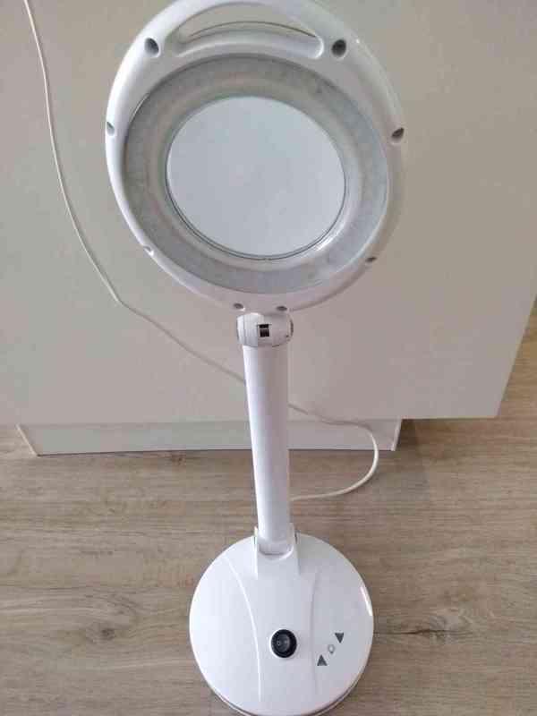 Stolní lupa s LED osvětlením - foto 4