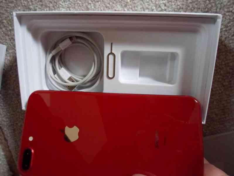 iPhone 8 plus red 256gb - foto 3