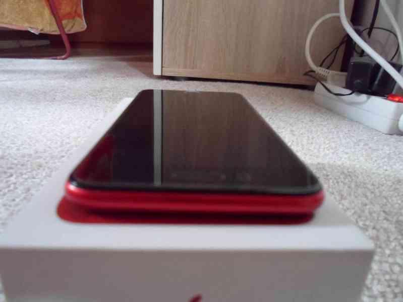 iPhone 8 plus red 256gb - foto 6