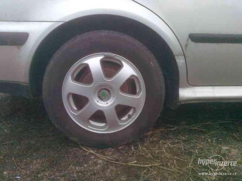 Prodám náhradní díly z vozu Škoda Octavia I., 1.9. TDI 66 kW - foto 4