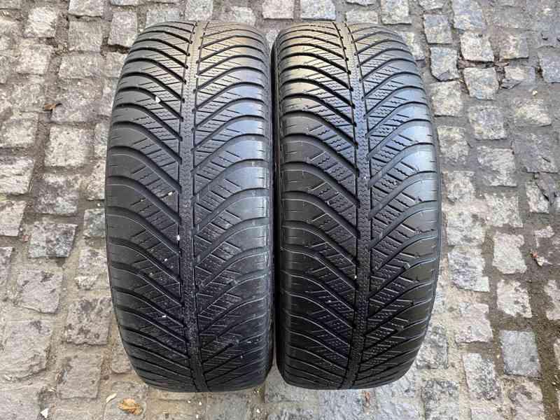 215 60 16 R16 celoroční pneu Goodyear Vector  - foto 1