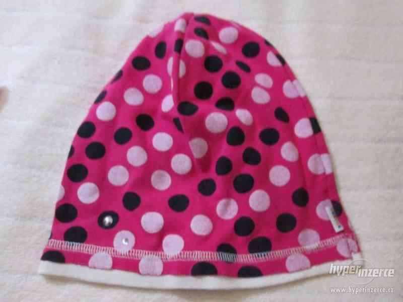 Zimní čepice, šála, rukavice – dívčí komplet – 6 kusů - foto 2
