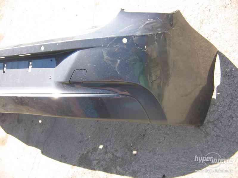 Prodám zadní nárazník BMW 1 F20 2013 - foto 4
