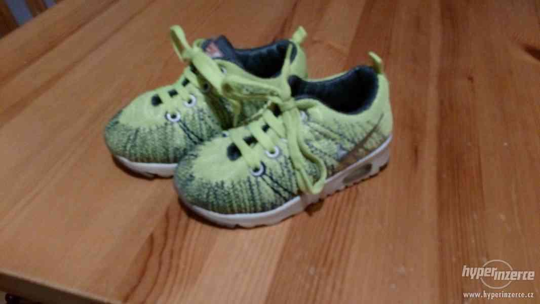 Dětské boty Nike vel 22 - foto 2