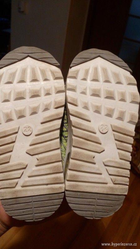 Dětské boty Nike vel 22 - foto 5