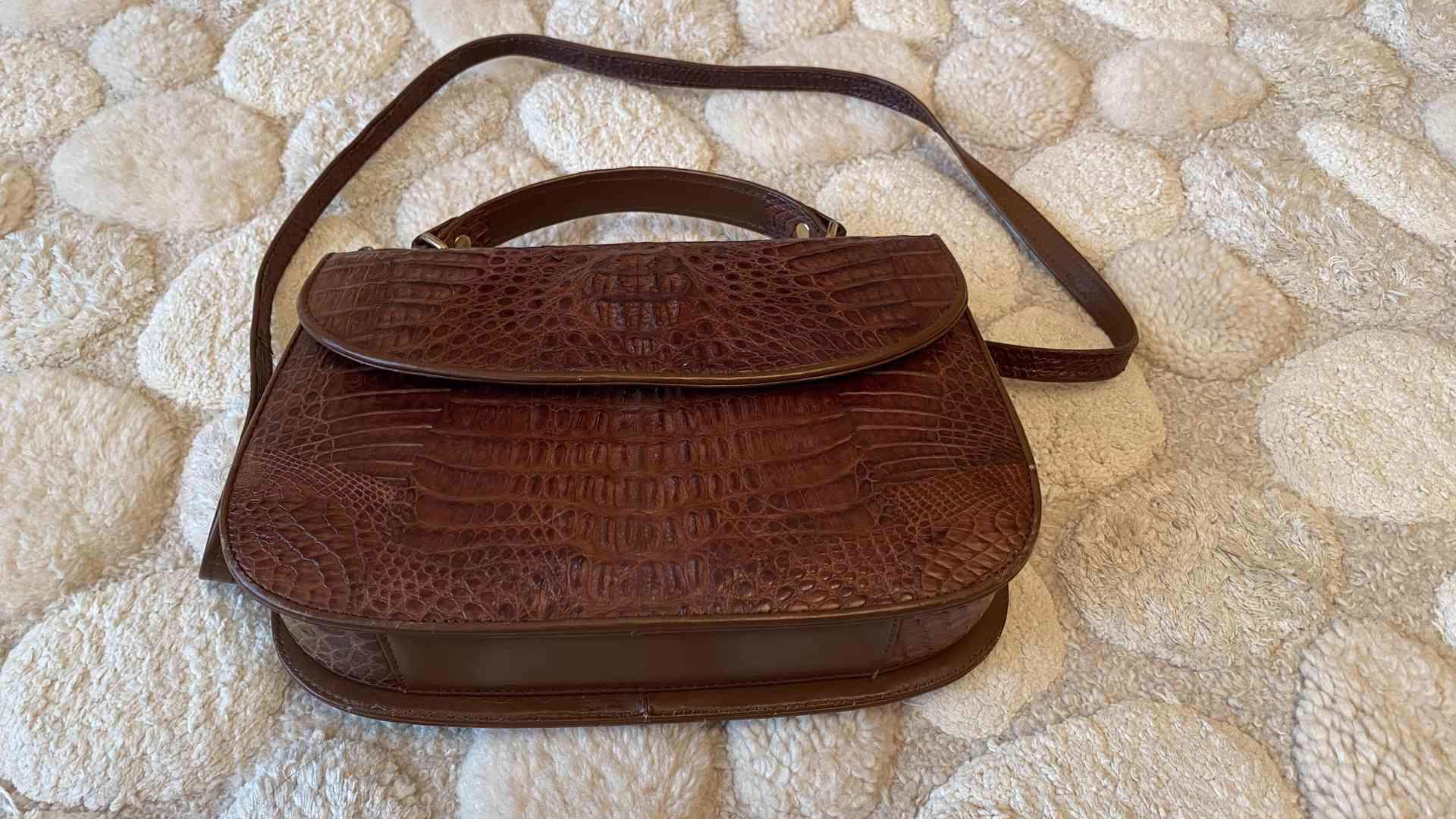 kabelka z krokodýlí kůže - foto 1