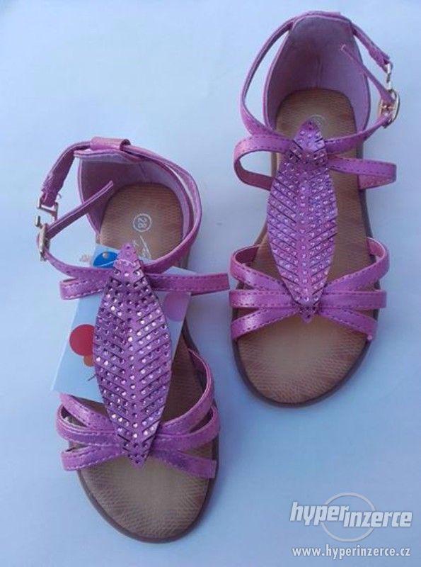 Dívčí sandálky růžové - foto 1