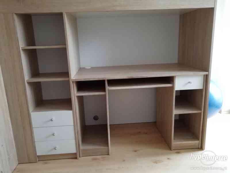 Dětská postel se skříní a psacím stolem - foto 1