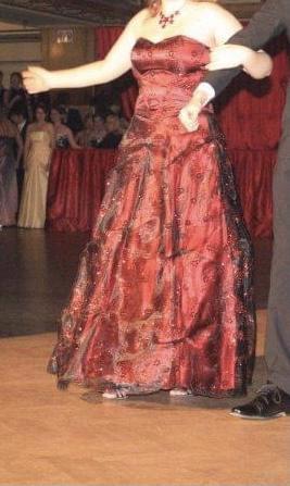 Plesové šaty - červené, vel. 42 (L-XL) - foto 5