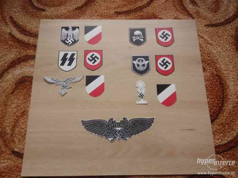 Vodoznaky, obtisky na německé válečné helmy