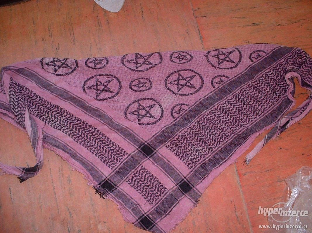Trojcípý šátek - foto 1