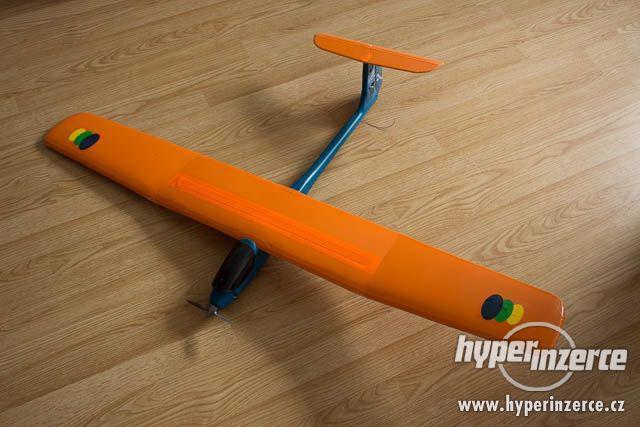 Prodám letadlo - elektromotorový RC větroň SKYLADY