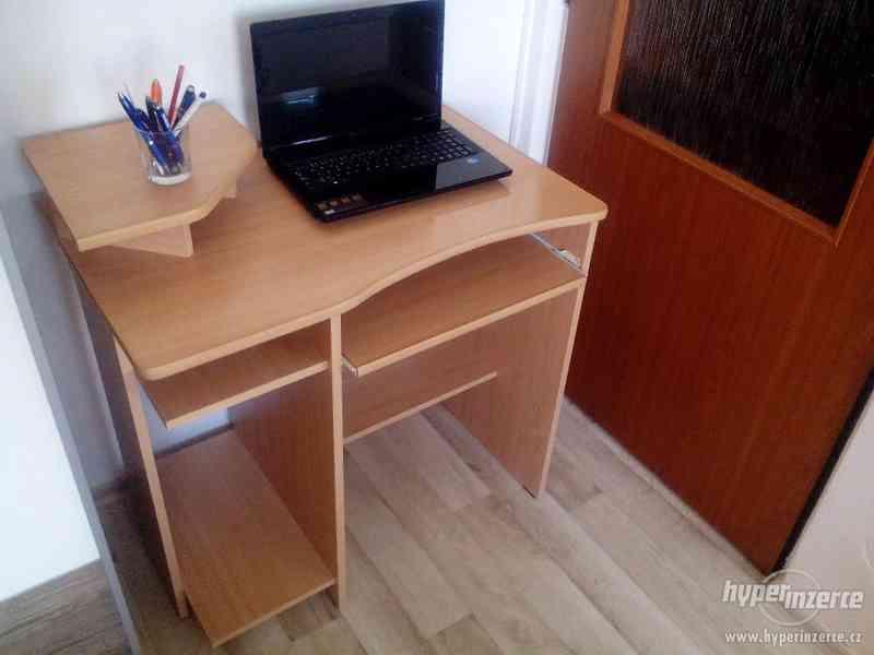 Prodej PC stolu