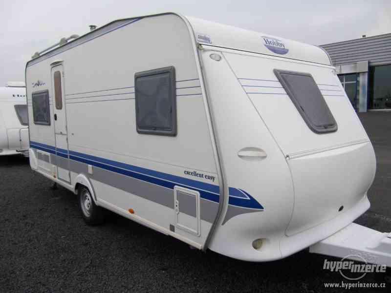 Prodám karavan Hobby 495 ufe, model 2005 + před stan. - foto 1
