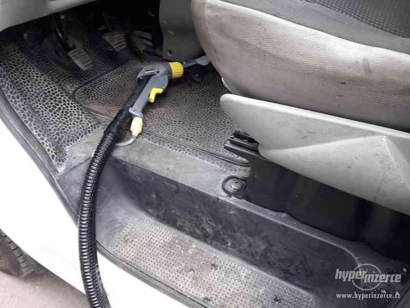 Čištění interiérů vozidel
