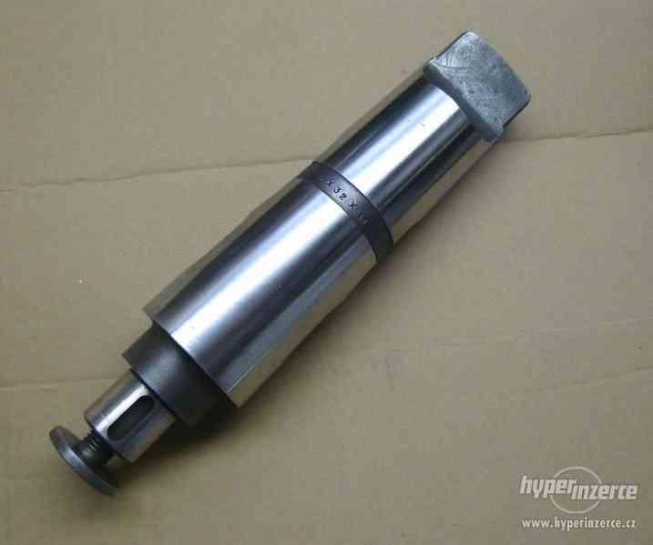 Frézovací trn 6x32x31 s kuž. stopkou MORSE, 2 otvory na klín - foto 1