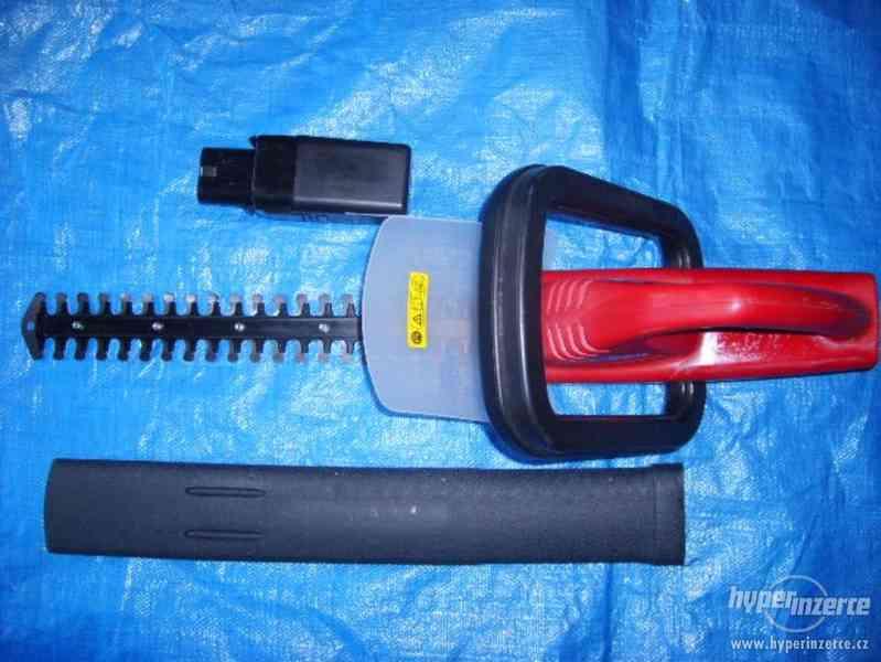 Plotové akumulátorové nůžky - foto 1