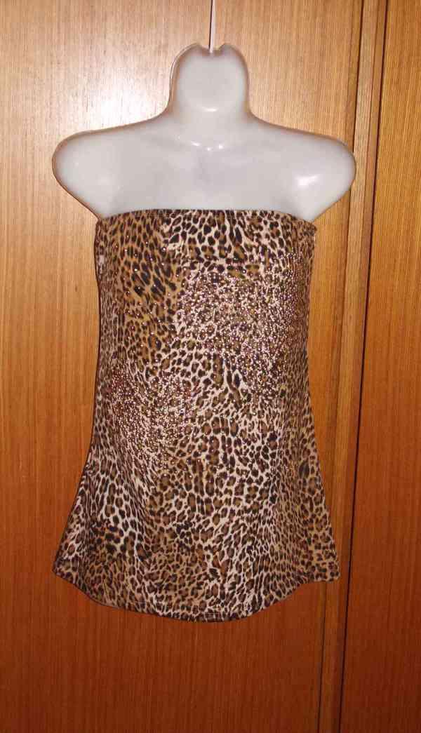 tygří top s kamínky - foto 1