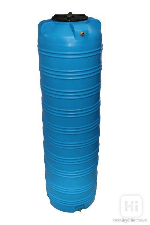 Plastová nádrž 60 - 10 000 L (zásobník na vodu) - foto 4