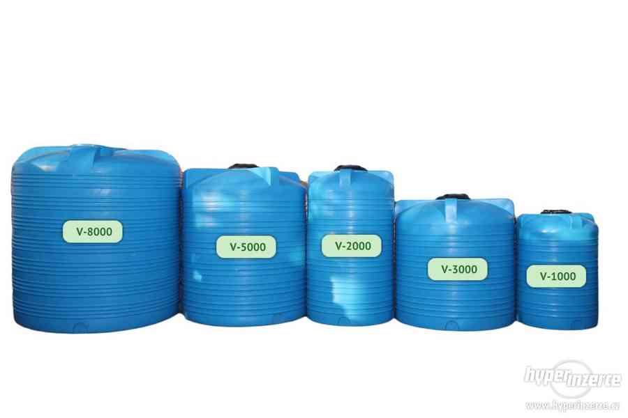 Plastová nádrž 60 - 10 000 L (zásobník na vodu) - foto 1
