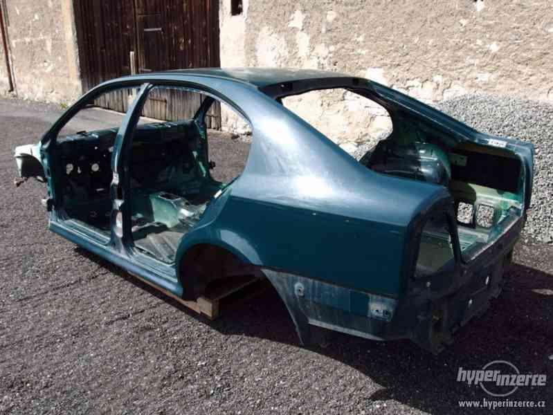 Havarovaný skelet karoserie Škoda Octavia I hatchback - foto 2