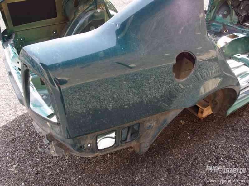 Havarovaný skelet karoserie Škoda Octavia I hatchback - foto 4