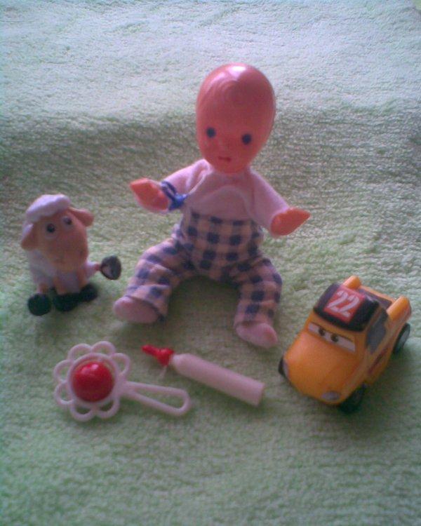 retro igra 3 panenky - foto 2