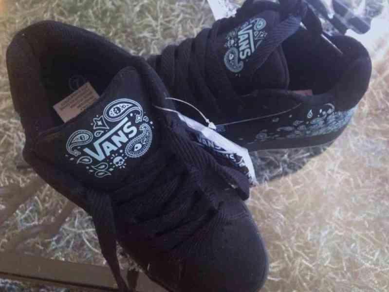 Dámské boty zn VANS, nové