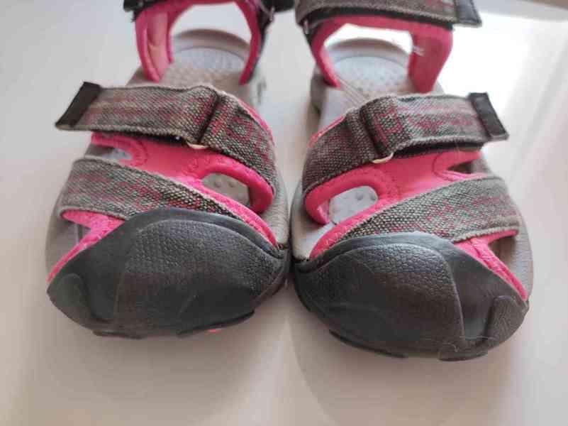 Sandály že Sportisima - foto 2