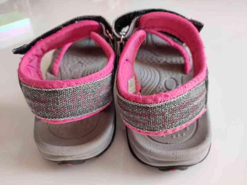 Sandály že Sportisima - foto 4