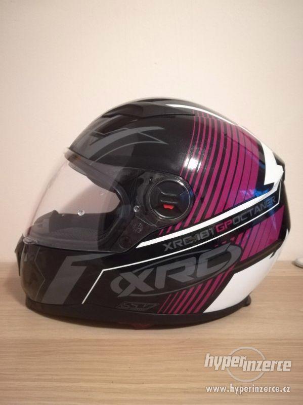 XRC helma na motorku