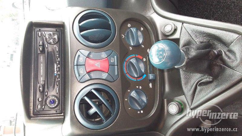 Prodam osobní automobil Fiat Doblo 1.9JTD - foto 2