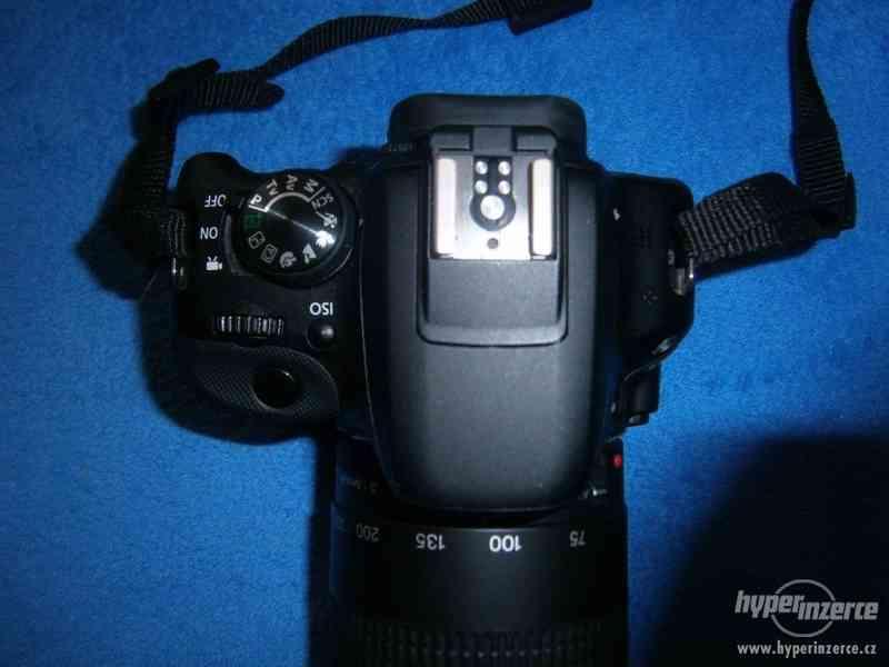 Canon EOS 100D + 18-55 DC a 75-300 DC