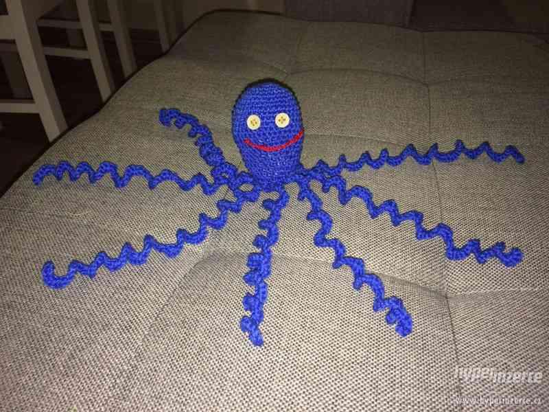 Nabítím prodej pletených chobotniček - foto 1