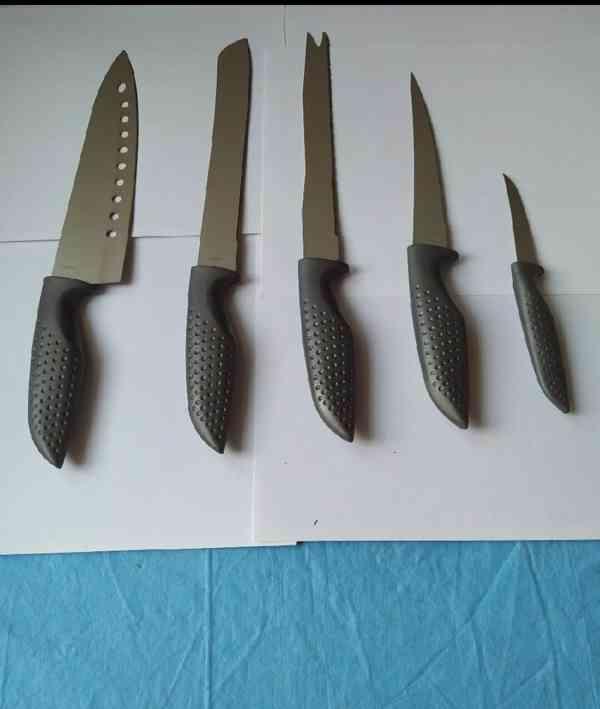 Souprava kuchyňských nožů