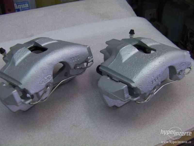 Repasované přední brzdové třmeny Ford SCORPIO II
